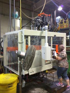 spi-blow-molding-press